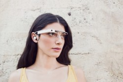 De-tweede-versie-van-de-slimme-internetbril-Google-Glass-